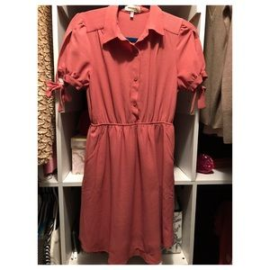 Dresses & Skirts - Peach/coral button up dress
